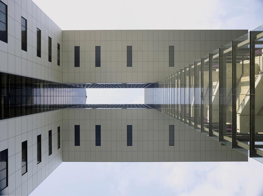 Kranhäuser by Hadi Teherani | Office buildings