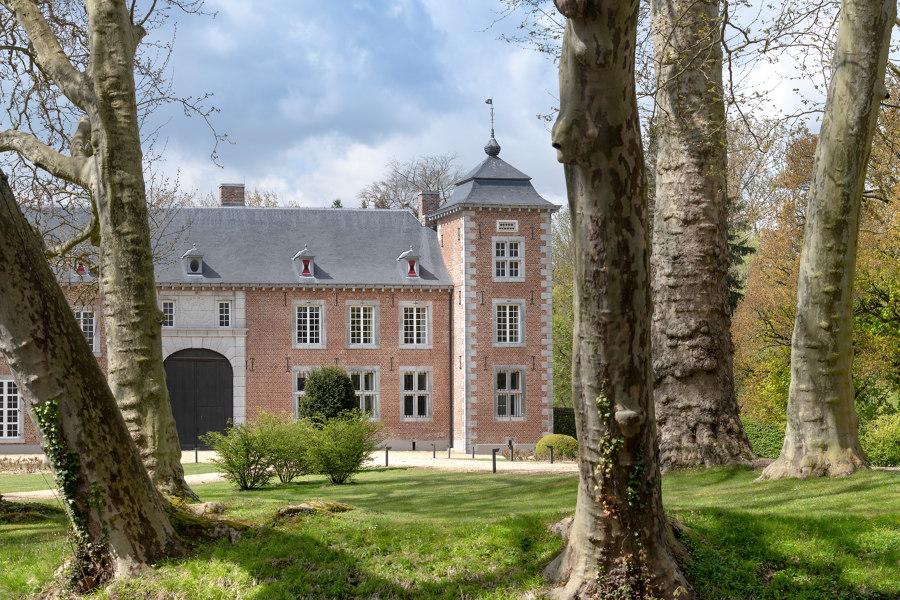Veulen Castle by Kenny & Mason   Manufacturer references
