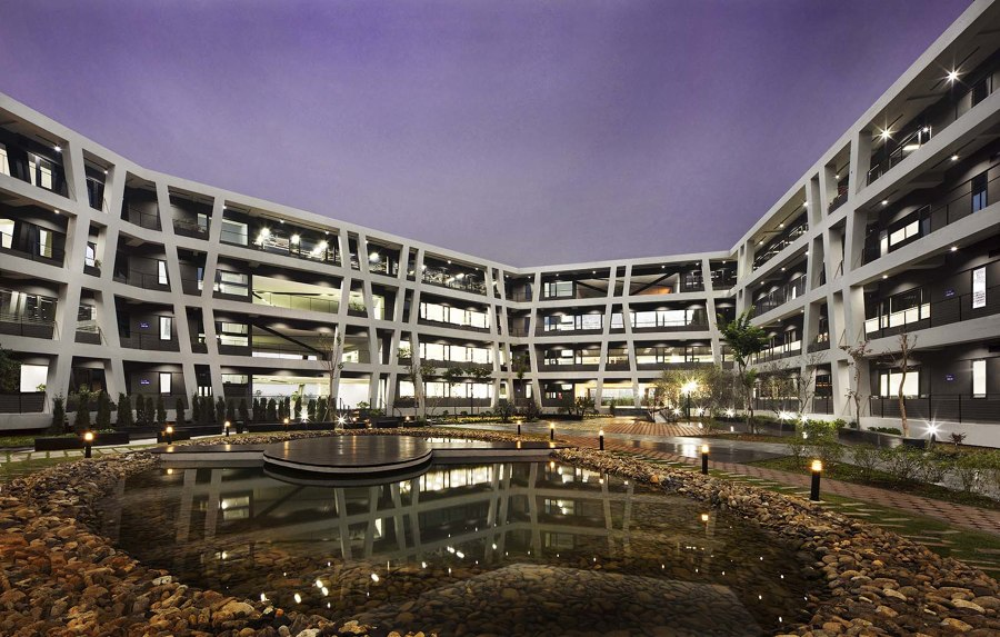 Concrete Lace by G8A Architecture & Urban Planning   Office buildings