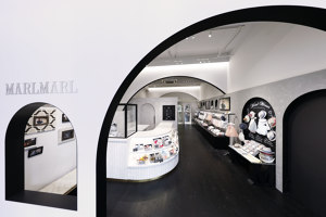 MARLMARL Sanjo-Street Kyoto | Shop interiors | Tanseisha
