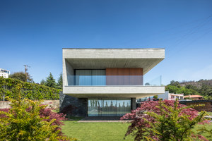 Fraiao House | Detached houses | Trama Arquitectos