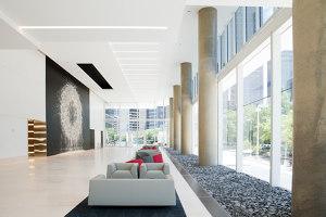 Hall Arts | Manufacturer references | Tacchini Italia
