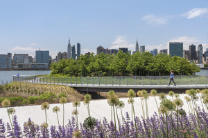 Hunter's Point South Waterfront Park Phase II | Parks | SWA/BALSLEY and WEISS/MANFREDI