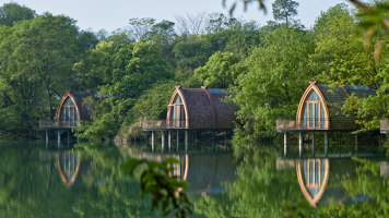 Boat Rooms on the Fuchun River | Hotels | The Design Institute of Landscape and Architecture China Academy of Art