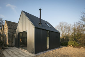Corrugated metal extension | Detached houses | Eastabrook Architects