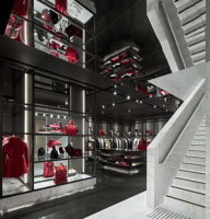 Moncler Singapore | Shop interiors | CURIOSITY