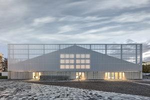 WIN4 Sports Centre | Sports halls | EM2N
