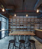 Kolby Wine Bar | Bar interiors | CMC Architects