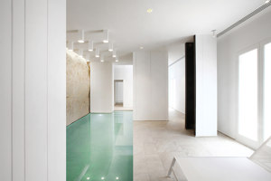 White Digger | Spa facilities | Tomas Ghisellini Architects