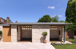 Pared-back garden Pavilions | Open-air pools | Threefold Architects