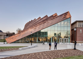 Isenberg School Of Management Business Innovation Hub | Universities | BIG / Bjarke Ingels Group