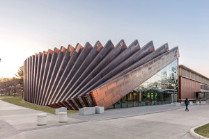 Isenberg School Of Management Business Innovation Hub | Universities | BIG / Bjarke Ingels Group
