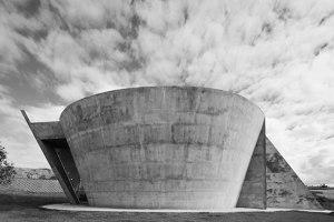 Chapel, Nova Serrana | Church architecture / community centres | Kruchin Arquitetura