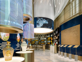 Guiniang Experience Store | Shop interiors | Ippolito Fleitz Group