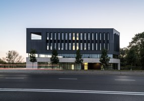 Quartz office | Edificio de Oficinas | Easst architects
