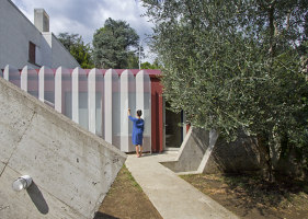 Urban Cabin | Detached houses | Francesca Perani Enterprise