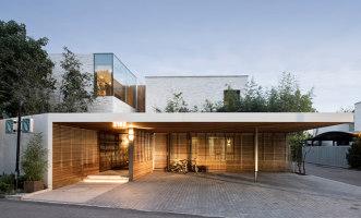 Two-Fold Yard | Detached houses | TAOA