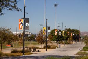 Diseño y funcionalidad en un parque polideportivo en Irvine | Manufacturer references | URBIDERMIS SANTA & COLE