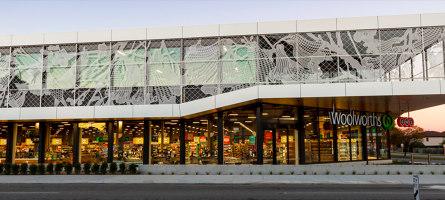 Facade Woolworth Supermarket | Manufacturer references | REDFORT