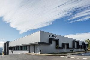 Bradco | Office buildings | Em Paralelo