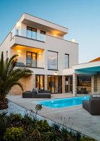 Private real estate | Manufacturer references | IKONO