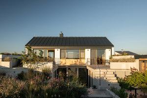Family House With Atrium | Detached houses | SENAA architekti