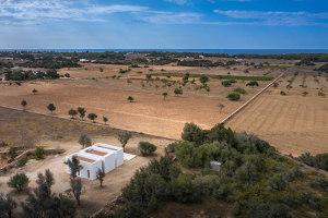 Es Pou House in Formentera | Detached houses | Marià Castelló Architecture