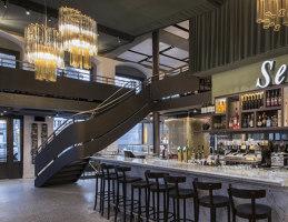Pizzeria Ristorante Molino Select | Restaurant interiors | Atelier ushitamborriello Innenarchitektur_Szenenbild