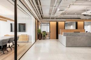 Y Offer | Office facilities | Shirli Zamir Design Studio