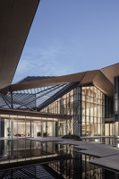 Jinmao Star in the Bund • Qin Wang Fu Exhibition Hall | Trade fair & exhibition buildings | CCD/Cheng Chung Design