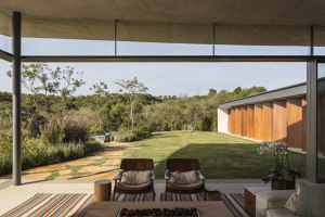 Origami House | Detached houses | Bernardes Arquitetura
