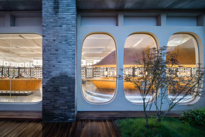 Guga Books | Shop interiors | WT Architects