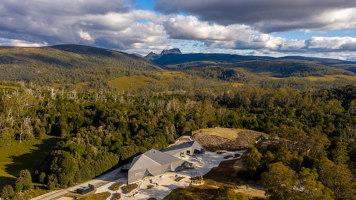 Cradle Mountain Visitor Centre | Edificios para exposiciones / ferias | Cumulus Studio