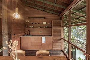 Wooden Treehouse C | Hoteles | Stilt Studios