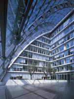 Berliner Bogen Office Building | Edificio de Oficinas | Hadi Teherani