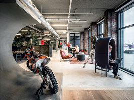 Red Bull | Manufacturer references | Casala