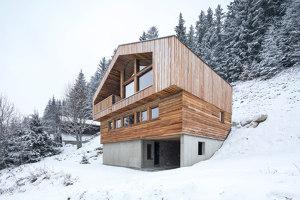 Mountain House | Einfamilienhäuser | studio razavi architecture