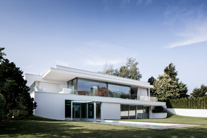 Villa Von Stein | Detached houses | Philipp Architekten