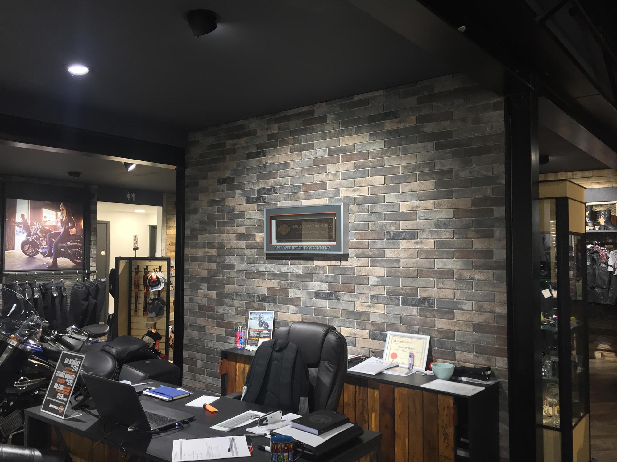 Studio Di Architettura In Inglese store harley davidson di rondine | riferimenti di produttori