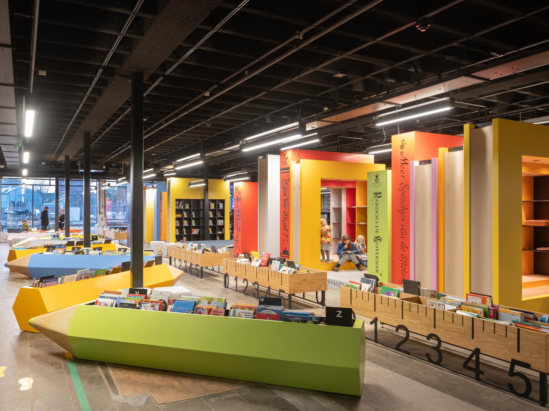 LocHal Library by Mecanoo
