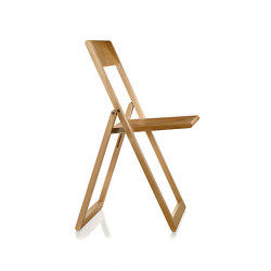 Aviva Folding chair | Chairs | Magis
