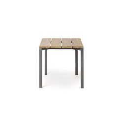 LIGHT PIER 008 Table | Dining tables | Roda