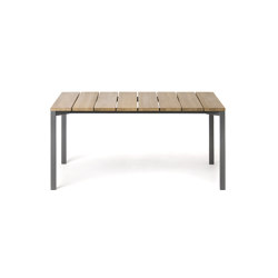 LIGHT PIER 015 Table | Dining tables | Roda