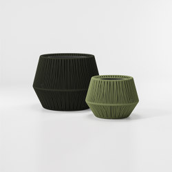 Objects zigzag Planter | Plant pots | KETTAL