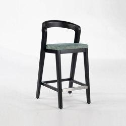 Play Barstool - Oak dark | Bar stools | Wildspirit