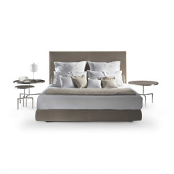 Oltre Bed | Beds | Flexform