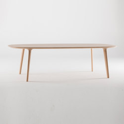 Luc oval table | Dining tables | Artisan