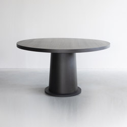 Kops round table | Dining tables | Van Rossum