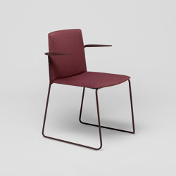 Ema sledge chair with close backrest and arms | Chairs | ENEA