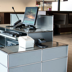 USM Haller Reception station | Light Gray | Counters | USM